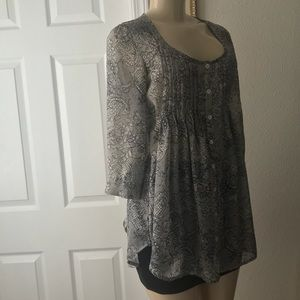 XHILIRATION :| Sheer Lace Print Top w/Tie.Size:XS.